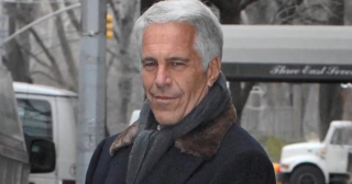 Cbsn-fusion-jeffrey-epstein-accuser-angry-as-hell-he-died-before-trial-thumbnail-1909396-640x360